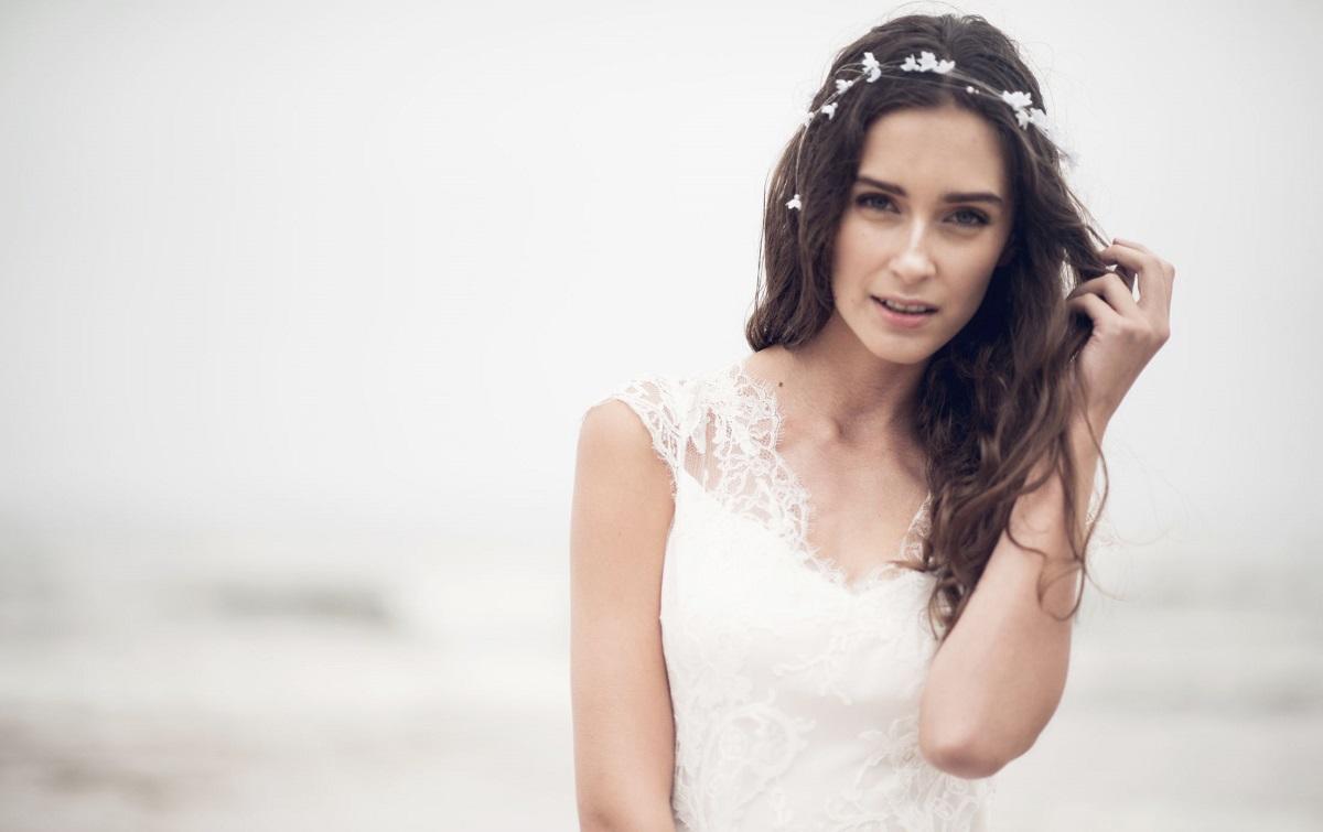 Opaski ślubne - piękny i prosty pomysł na ozdobę włosów (fot. Anna Kara)